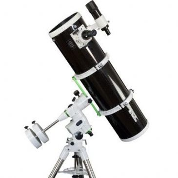 Sky-Watcher Explorer 200P (EQ5)